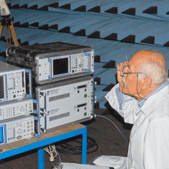 Măsurători de intensitate a câmpului radio-frecvență pe locație